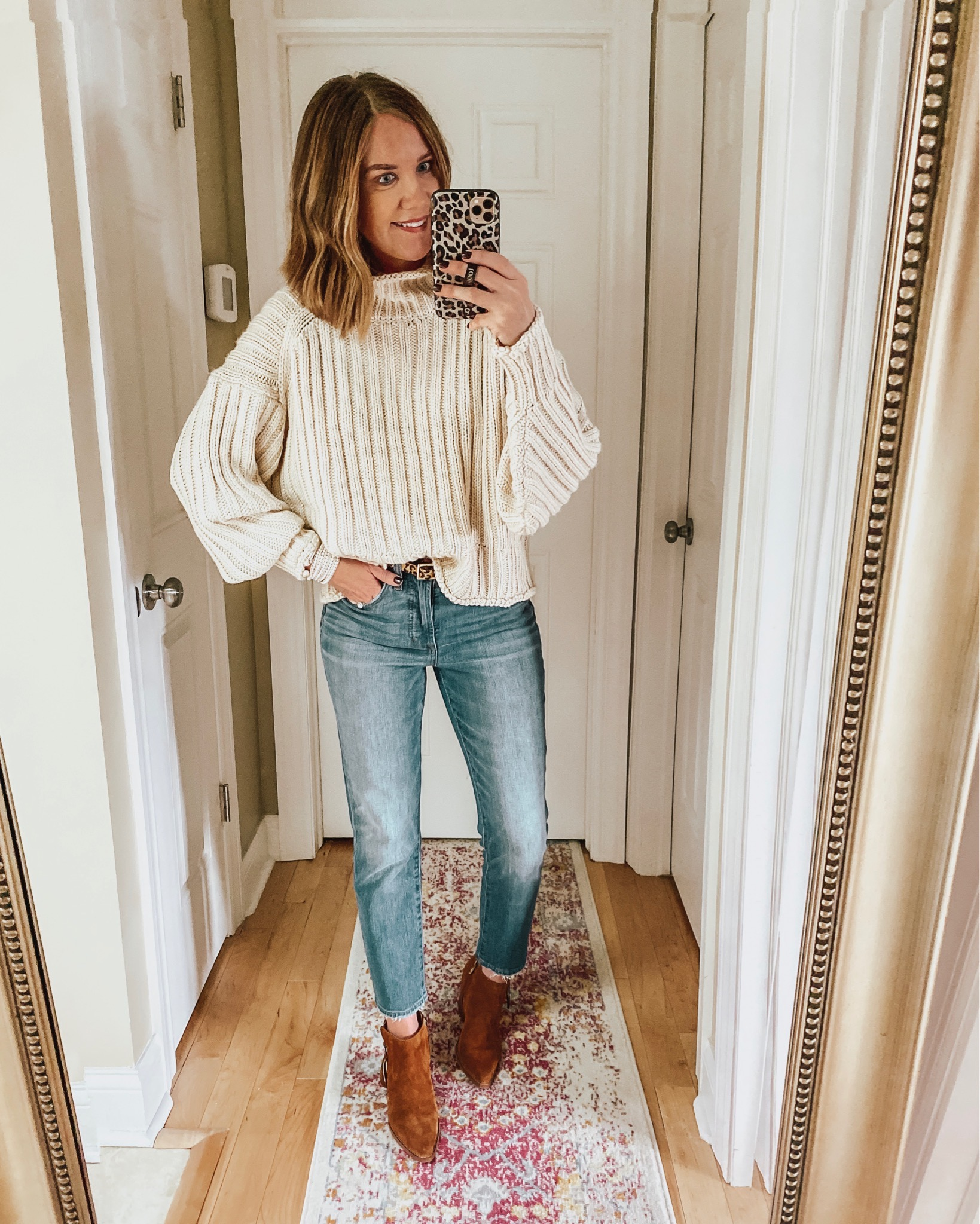Thanksgiving Outfit Ideas, chunky sweater, jeans and booties
