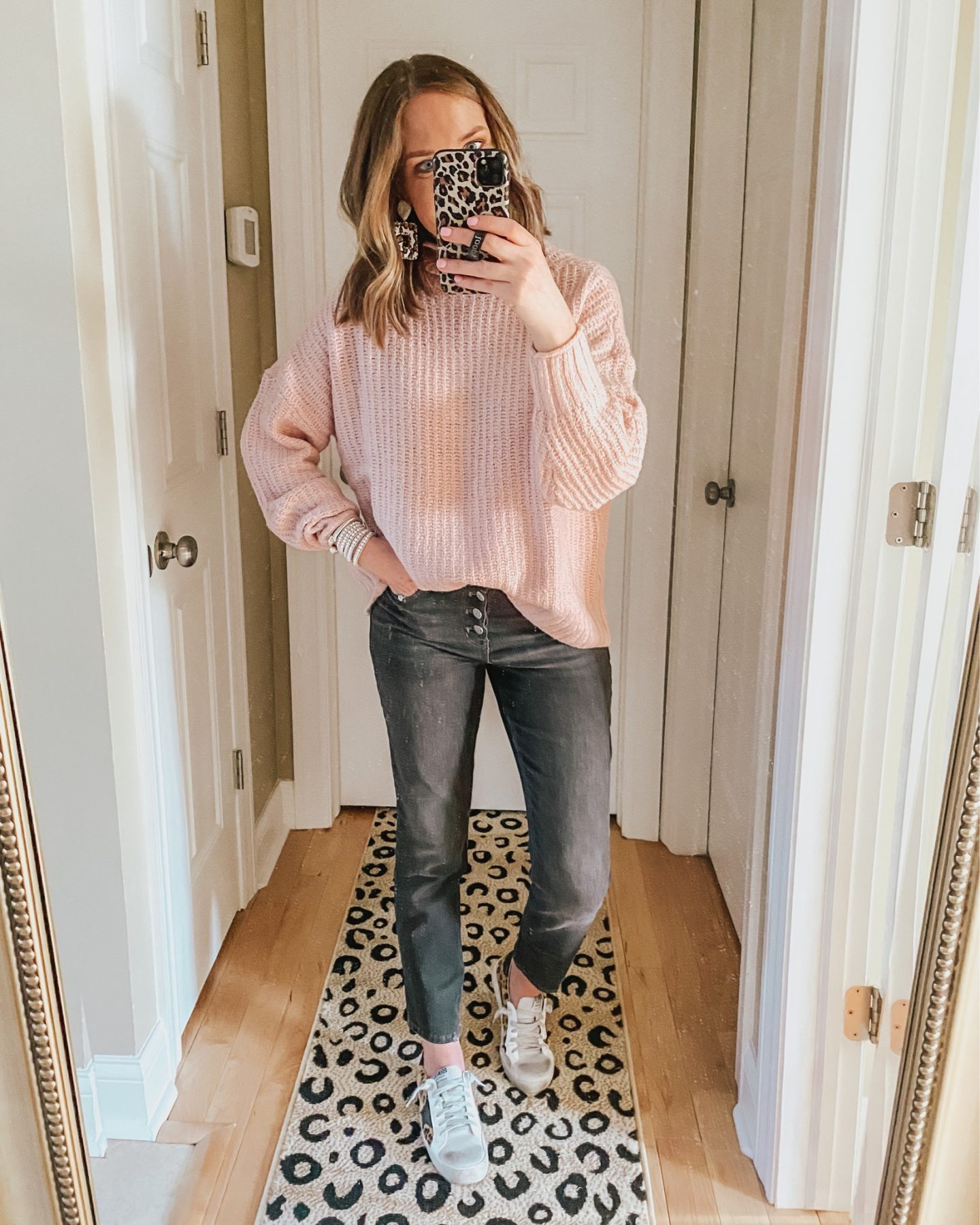 how to style straight leg jeans, washed black button fly jeans
