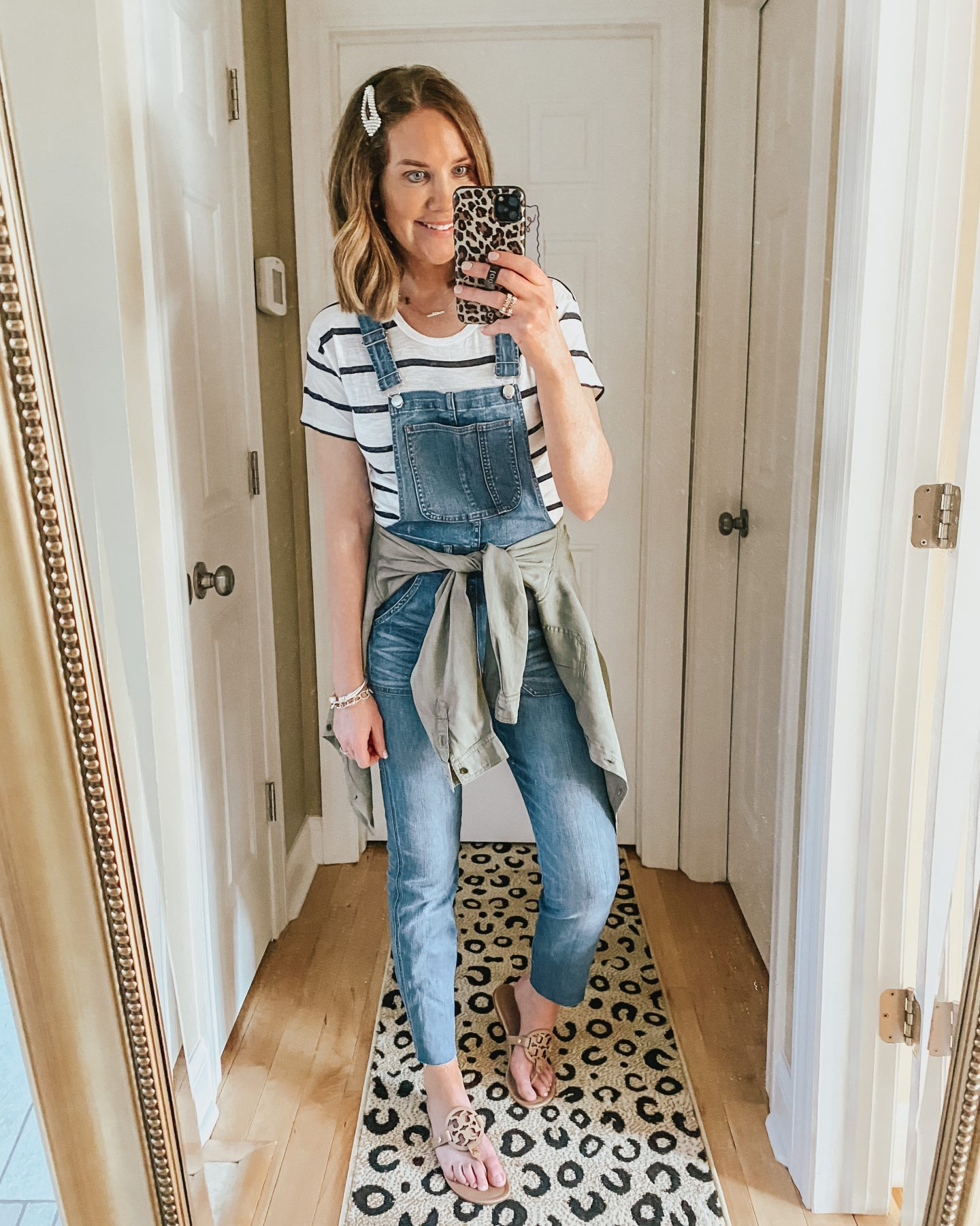 5 Ways to Style Overalls for Winter Through Summer, spring overall outfit