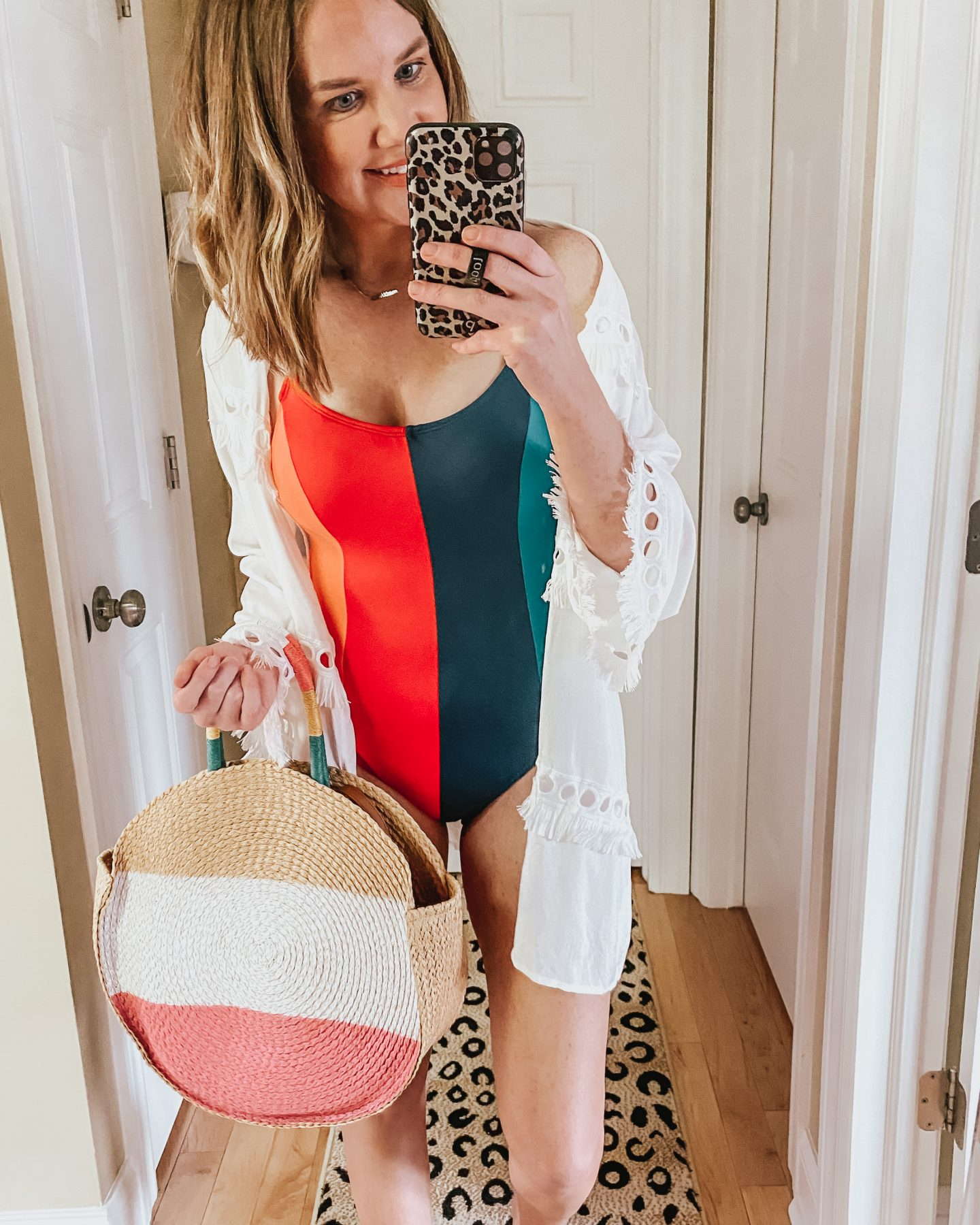 Walmart spring fashion, color block one piece swimsuit, Time and Tru, woven color block beach bag