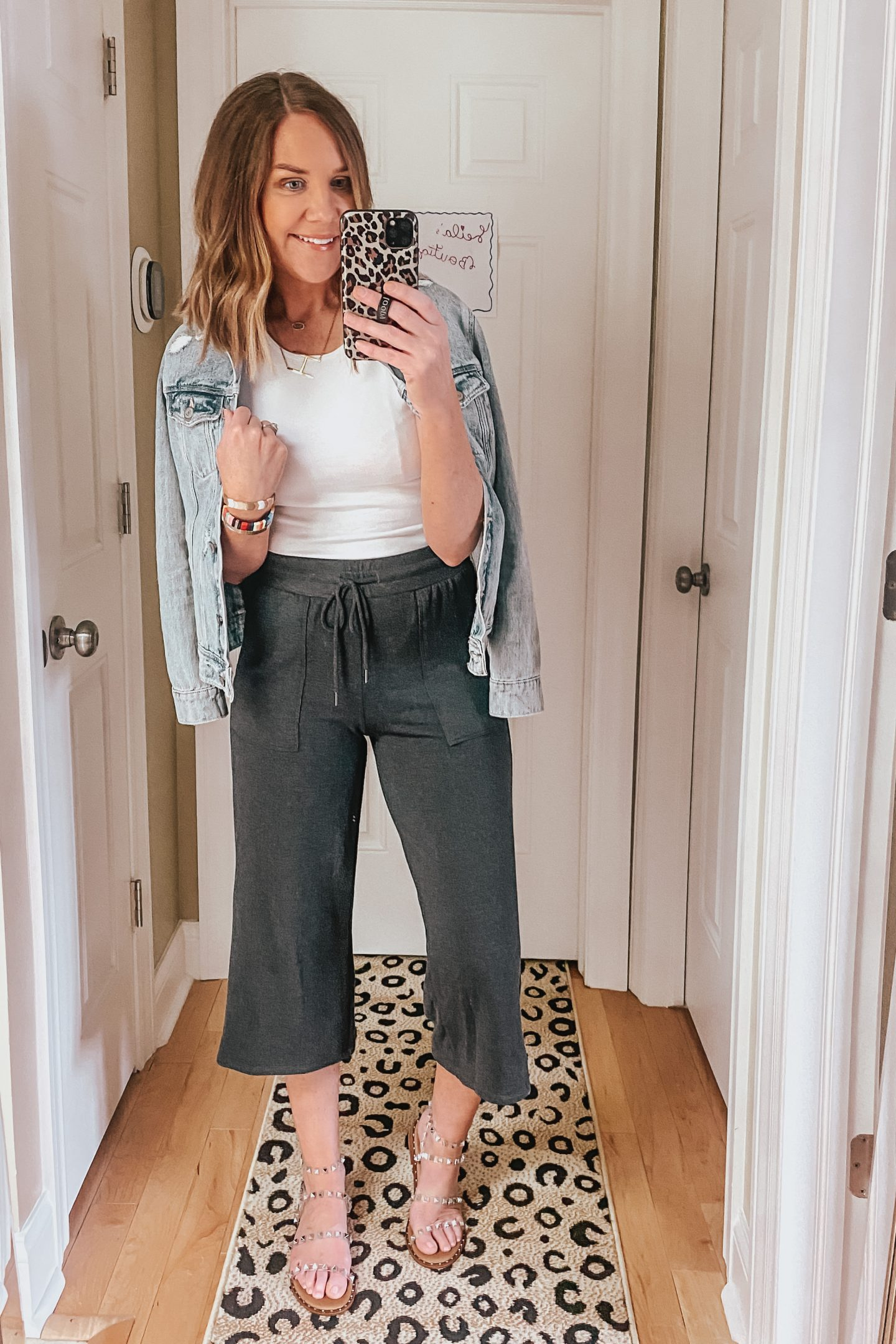 wide leg cropped lounge pants, easy outfit, casual outfit