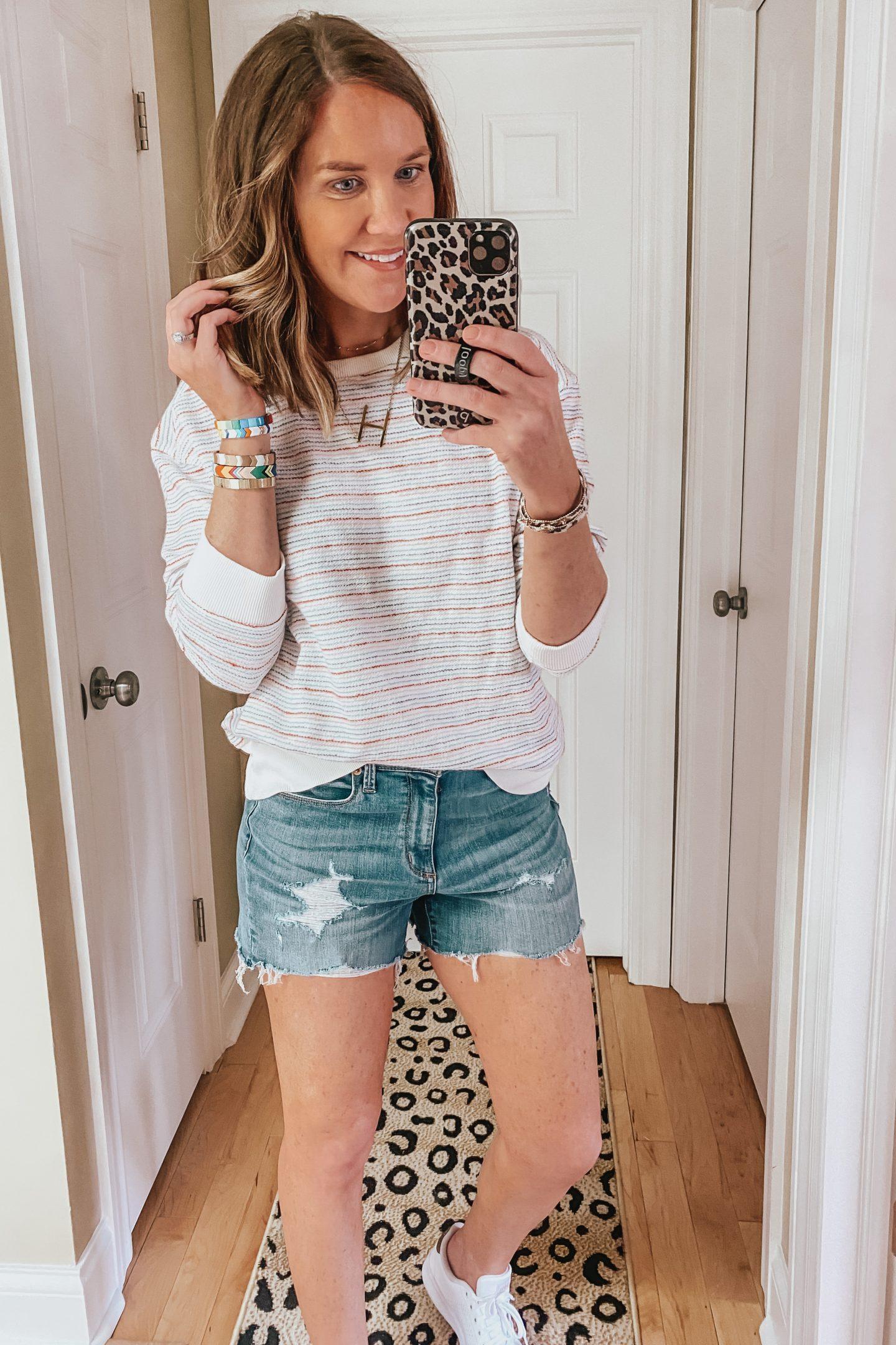 Target Summer Outfits for Women, beach sweatshirt
