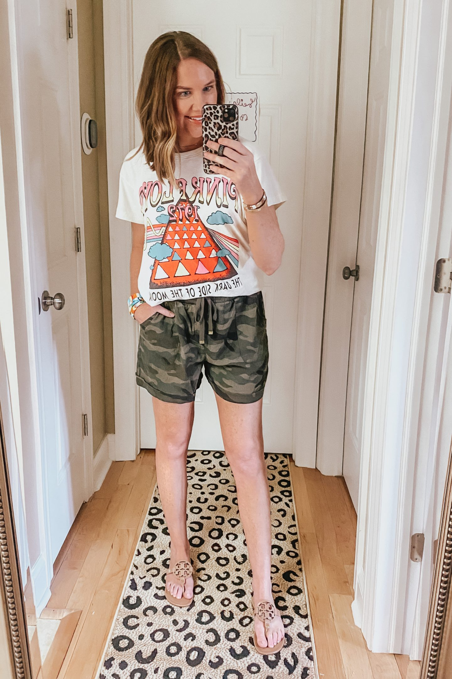 Summer Clothes for Women, camo pull on shorts, pink floyd graphic tee