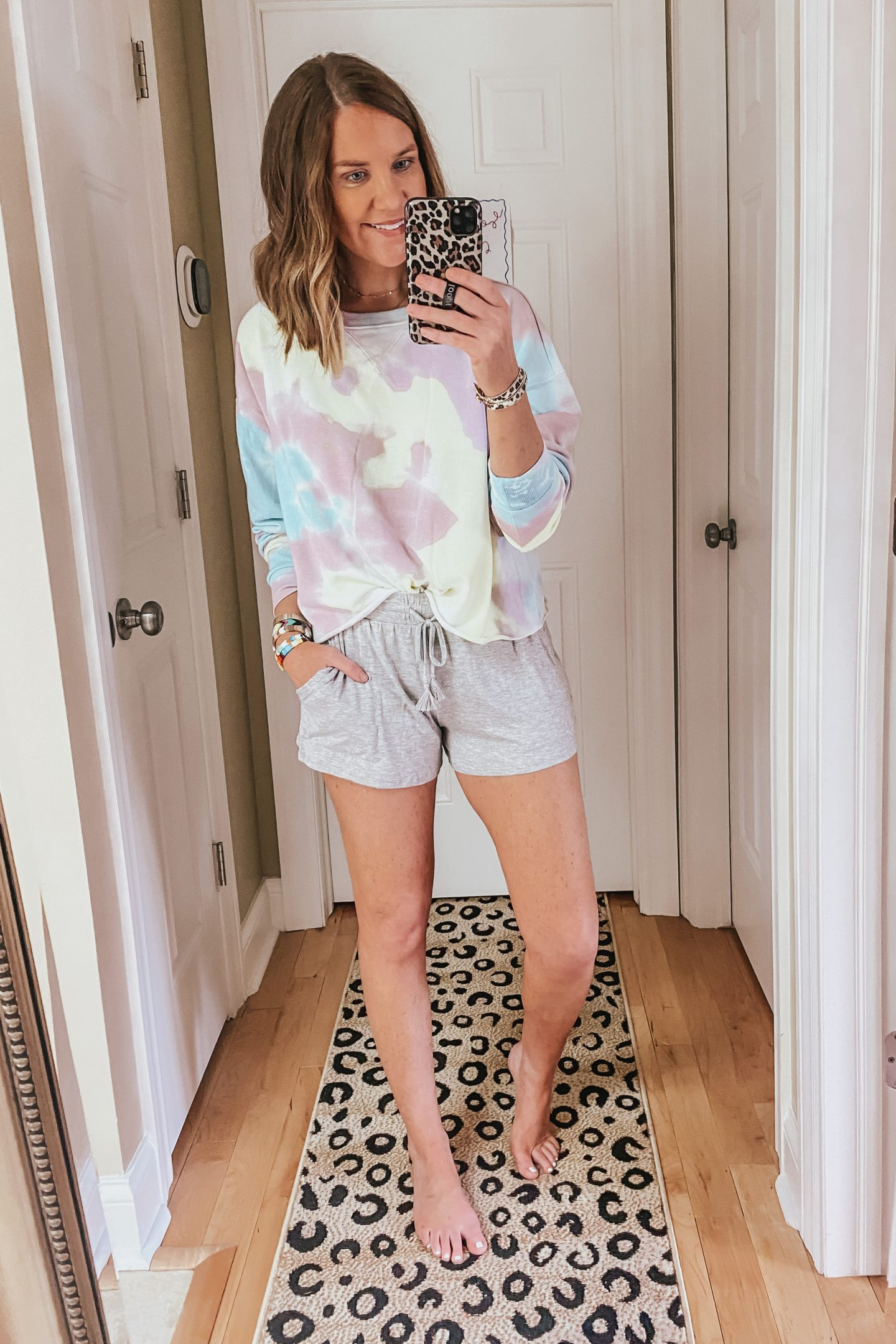 summer outfit ideas casual, tie-dye, loungewear
