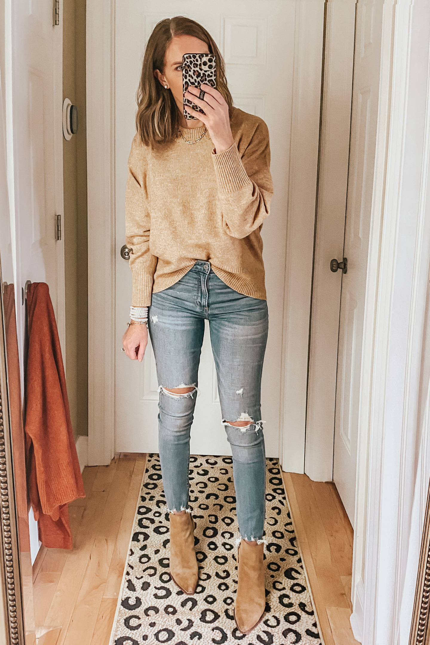 fall capsule wardrobe from Target, chunky crew neck sweater, the perfect fall sweater