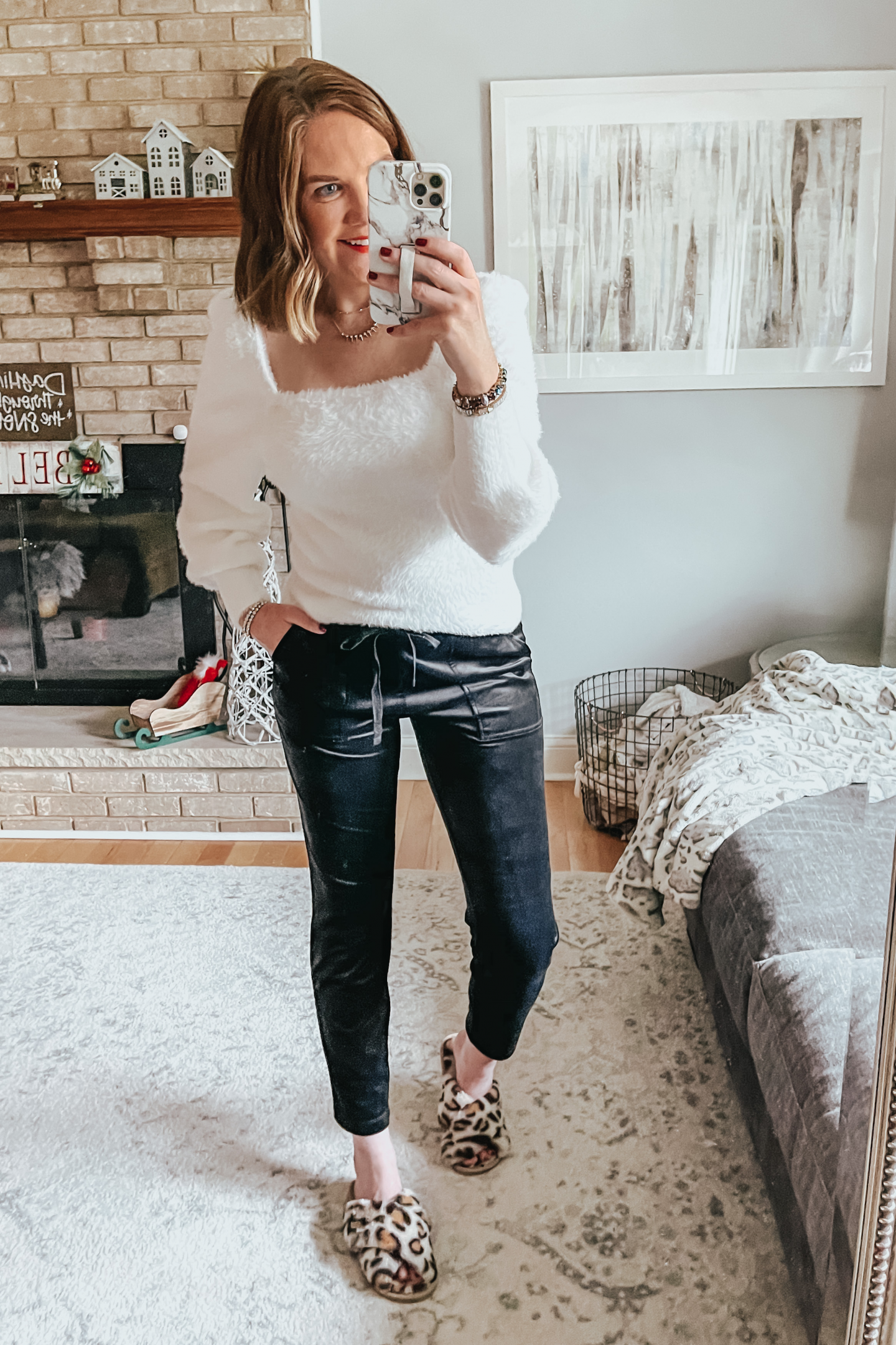 Christmas Outfit Ideas with H&M, fluffy sweater, velour joggers
